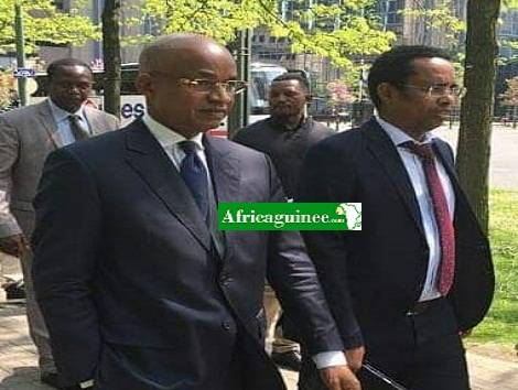 Cellou Dalein Diallo, leader de l'UFDG et Souleymane Thiâghel Bah, responsable de communication du parti
