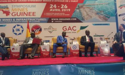 Panel symposium mines Guinée